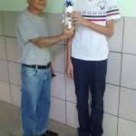 Aluno Eduardo (8º ano B) e o professor Flávio Santos.